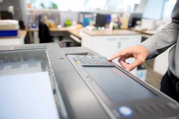 ¿Es mejor comprar o alquilar impresoras para empresas?
